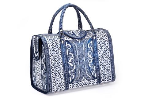 Laga handcrafted vegan embroidered Mulia large Travel Bag