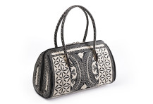 Laga handcrafted vegan handbag free motion embroidered Sehat
