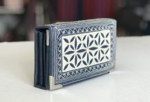 Laga handcrafted vegan wallet free motion embroidered Uang Small Fold